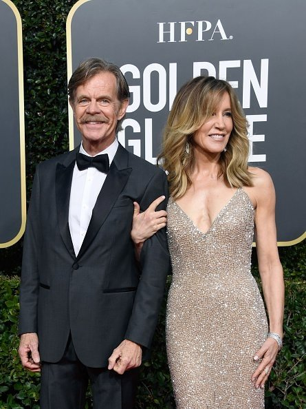 BEVERLY HILLS, CA - JANUARY 06:  William H. Macy (L) and Felicity Huffman attend the 76th Annual Golden Globe Awards at The Beverly Hilton Hotel on January 6, 2019 in Beverly Hills, California.  (Photo by Frazer Harrison/Getty Images)
