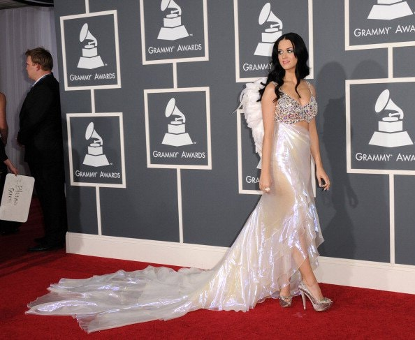 LOS ANGELES, CA - FEBRUARY 13:  Singer Katy Perry arrives at The 53rd Annual GRAMMY Awards held at Staples Center on February 13, 2011 in Los Angeles, California.  (Photo by Jason Merritt/Getty Images)
