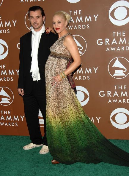 LOS ANGELES, CA - FEBRUARY 08:  Musicians Gavin Rossdale and wife Gwen Stefani arrive at the 48th Annual Grammy Awards at the Staples Center on February 8, 2006 in Los Angeles, California.  (Photo by Stephen Shugerman/Getty Images)