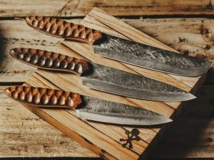carbon and steel knife set